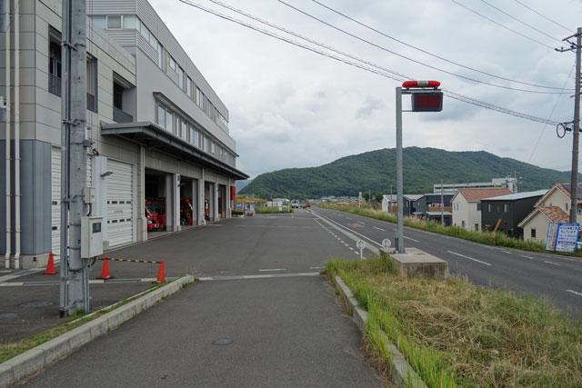 岡山市中消防署の道沿いの写真